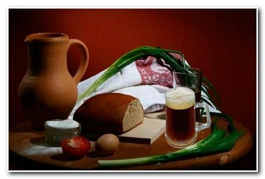 Красный хлебный квас
