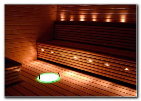 Пример оптоволоконного освещения финской сауны