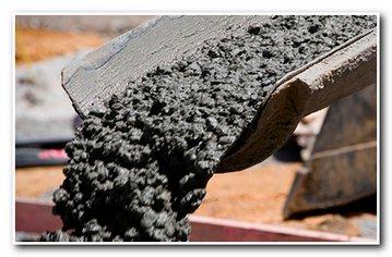 Приготовление бетона для фундамента бани